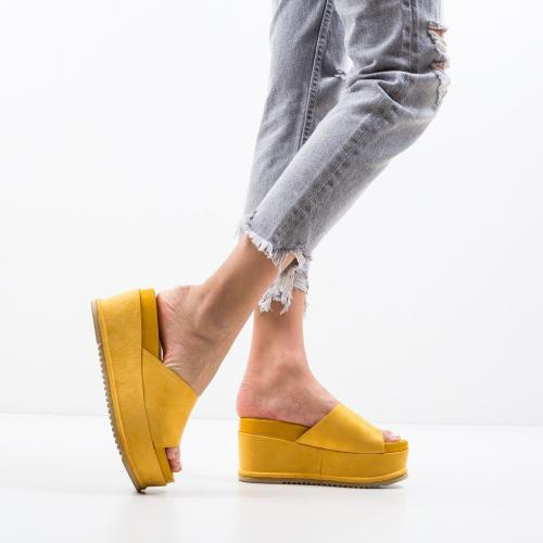 Platforme Hobbs Galbene - Sandale dama ieftine - Saboti cu platforma